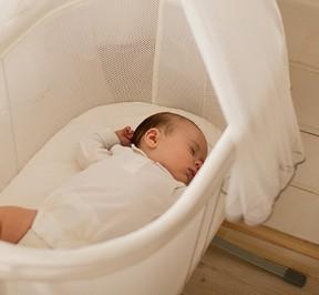 Cradle-Harmony-baby