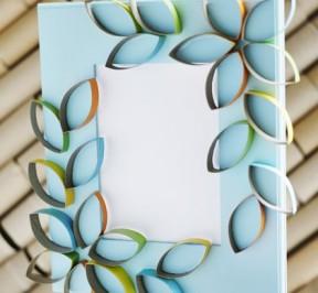 cardboard-petal-picture-frame-craft-photo-420-FF0410CRAFTA09
