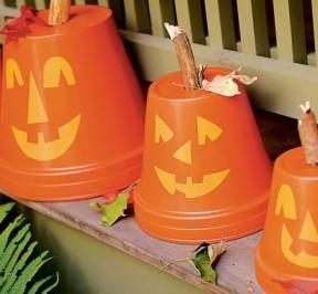 flowerpot-pumpkins-halloween-craft-photo-420-FF1006PARTA03