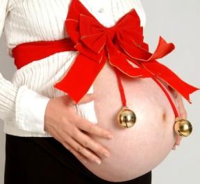 pregnant-at-christmas